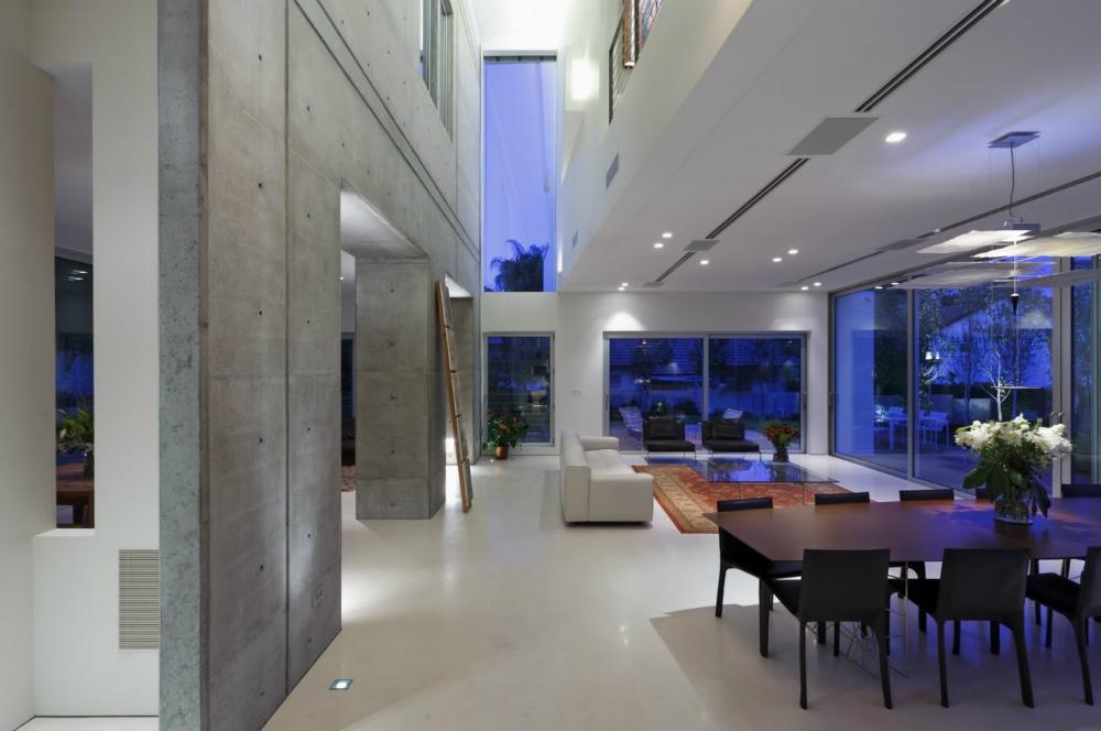 עיצוב בתים מודרניים, דרור ברדה